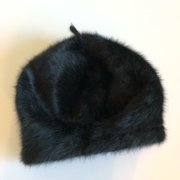 8443c737b7f89 Women s Suzanne Bettley Black angora beret hat. M 5c2fbc61409c153d4e1f1262